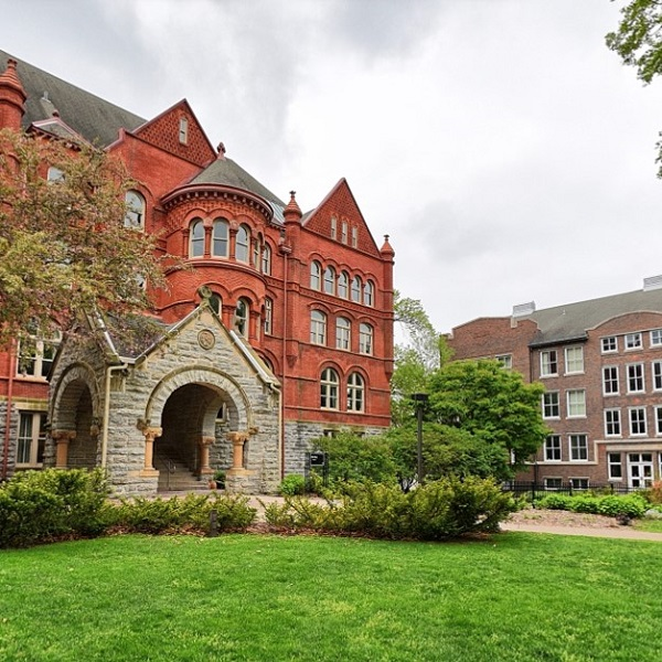 Old Main - Macalester Campus Building