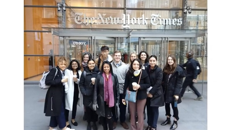 Students on a Macalester trip to New York