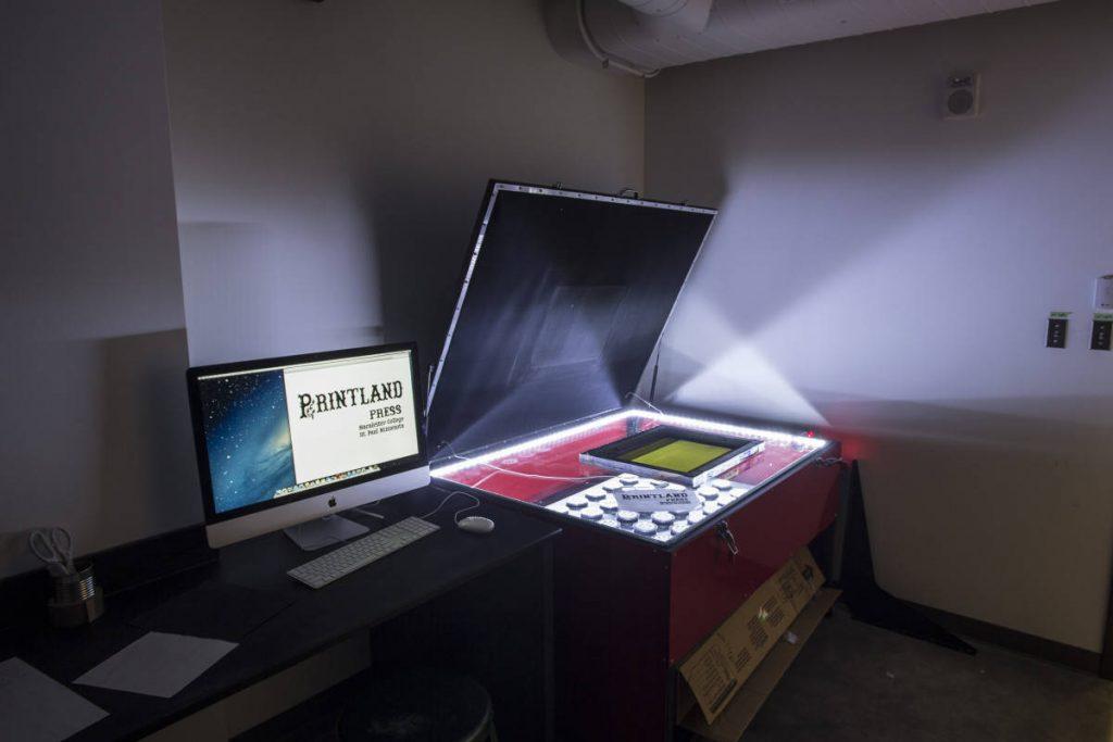 Lightspeed LED Exposure Unit for Photo-Based Printmaking Processes