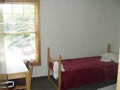 A Grand-Cambridge Apartment bedroom