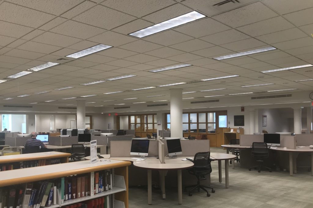Library main level computer lab