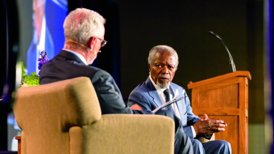 image of President Rosenberg talking with Kofi Annan
