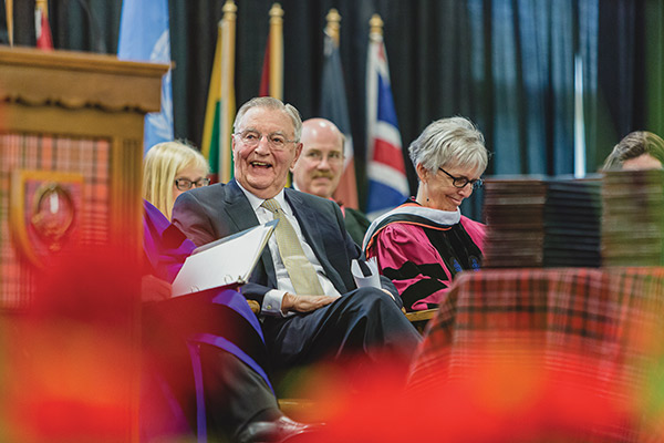 Walter Mondale at Macalester commencement