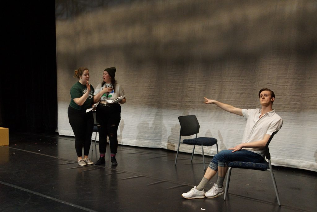 Image of rehearsal for Twelfth Night spring 2020.